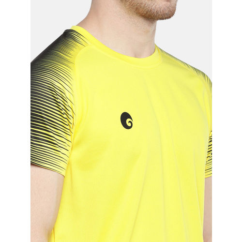 Omtex Men Yellow & Black Solid Round Neck T-shirt