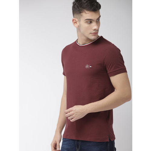 Tommy Hilfiger Men Maroon Solid Round Neck T-shirt