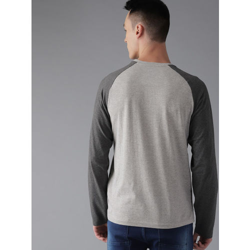 Roadster Men Grey Melange & Black Printed Round Neck T-shirt