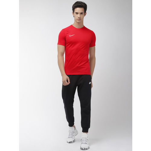 Nike Men Red Solid Standard Fit AS DRI-FIT ACDMY TOP SS Round Neck Football T-shirt