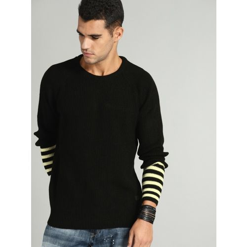 Roadster Solid Round Neck Casual Men Black Sweater