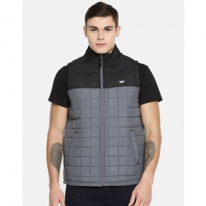 Wildcraft Sleeveless Solid Men Jacket