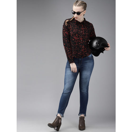 Roadster Women Black & Red Regular Fit Printed Casual Shirt