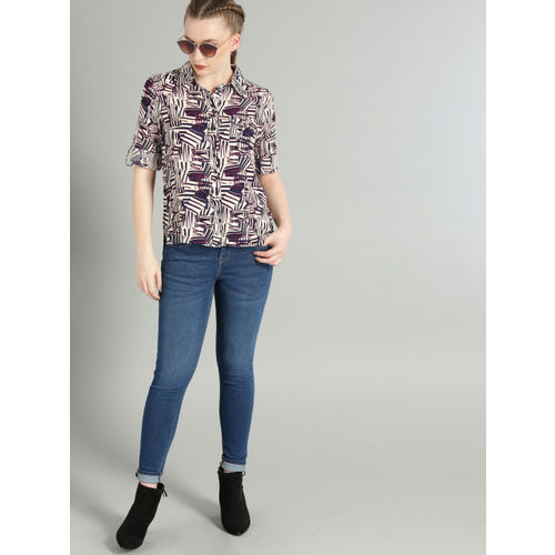 Roadster Women Off-White & Navy Blue Regular Fit Printed Casual Shirt