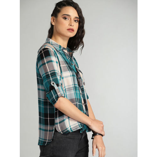 Roadster Women Teal Green & Peach-Coloured Regular Fit Checked Casual Shirt