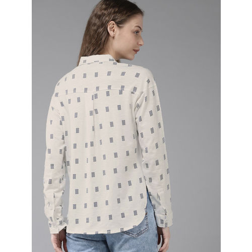 Roadster Women White & Navy Blue Regular Fit Printed Casual Shirt