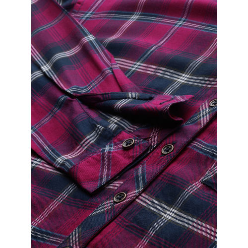 Roadster Women Pink & White Regular Fit Checked Casual Shirt