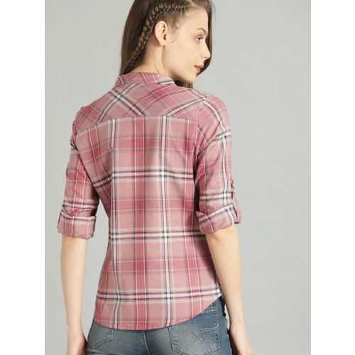 Roadster Women Pink & Black Regular Fit Checked Casual Shirt