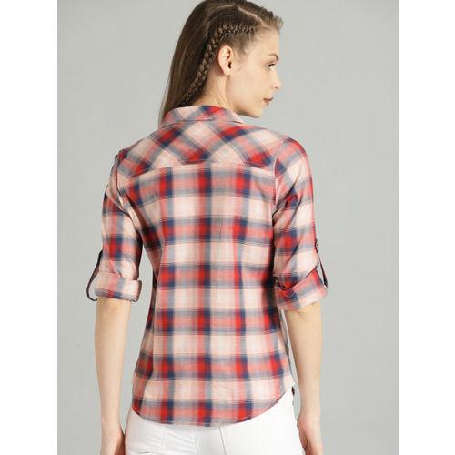 Roadster Women Pink & Navy Blue Regular Fit Checked Casual Shirt