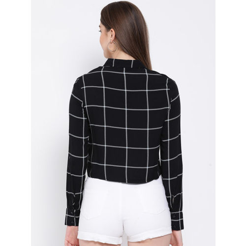 Oxolloxo Women Black & White Regular Fit Checked Casual Shirt