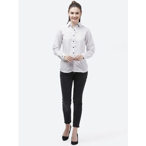 Indietoga Women White & Black Slim Fit Printed Casual Shirt