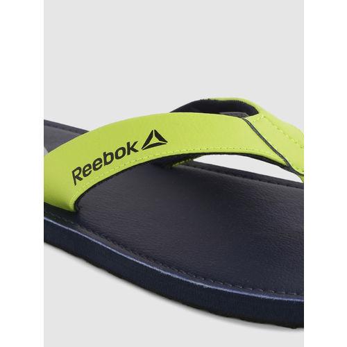 Reebok Men Fluorescent Green & Navy Blue ISLAY LP Solid Thong Flip-Flops