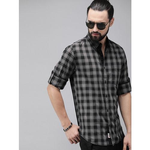 Roadster Men Black & Grey Regular Fit Checked Casual Shirt