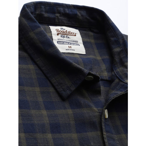 Roadster Men Olive Green & Navy Blue Checked Casual Shirt
