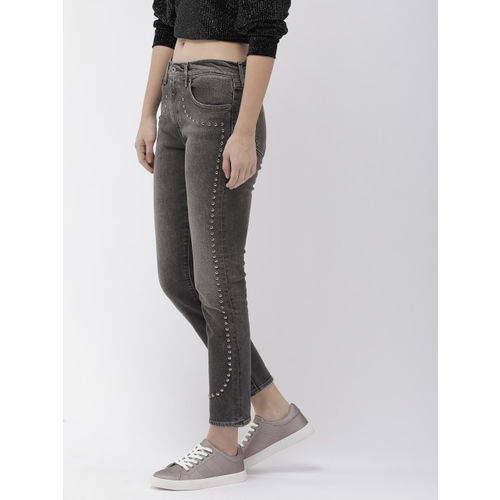 Levis Women Grey Cigarette Slim Fit Mid-Rise Clean Look Made and Crafted Cropped Jeans