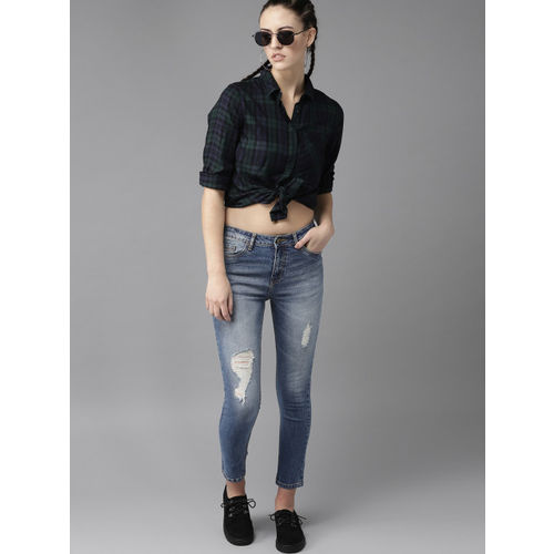 Roadster Women Blue Skinny Fit Mid-Rise Mildly Distressed Cropped Stretchable Jeans