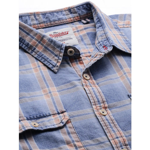 Roadster Men Blue & Brown Regular Fit Checked Casual Shirt