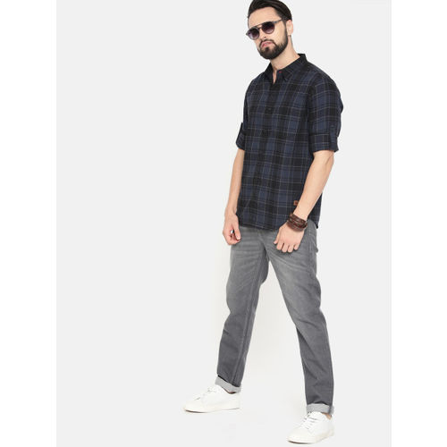 Roadster Men Blue & Black Checked Casual Shirt