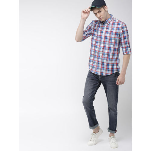 Tommy Hilfiger Men White & Blue Regular Fit Checked Casual Shirt