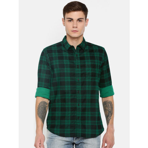 Wrangler Men Green & Black Regular Fit Self Checked Casual Shirt