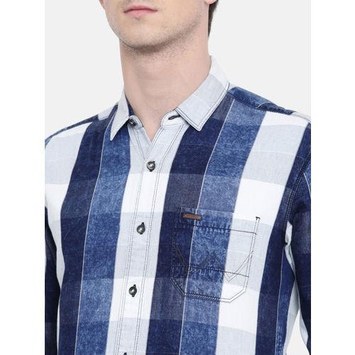 Wrangler Men Blue Slim Fit Checked Casual Shirt