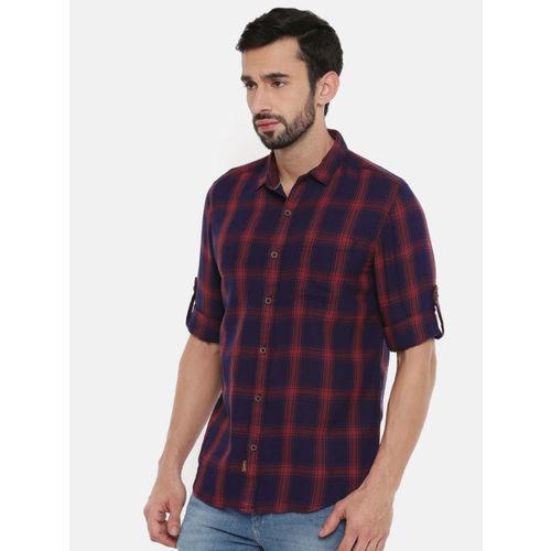 Wrangler Men Navy Blue & Red Regular Fit Checked Casual Shirt