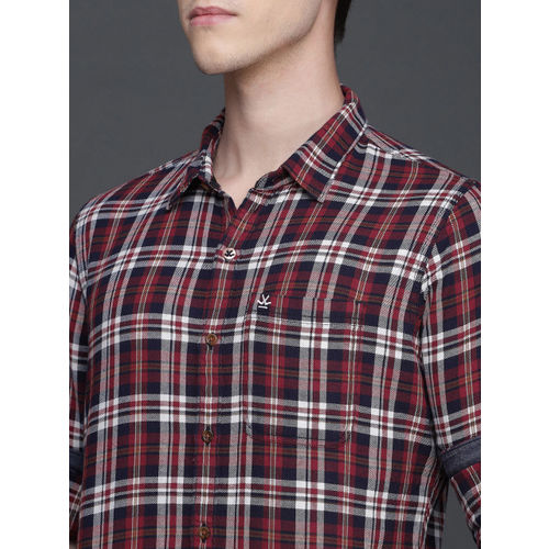 WROGN Men Red & Navy Blue Slim Fit Checked Casual Shirt