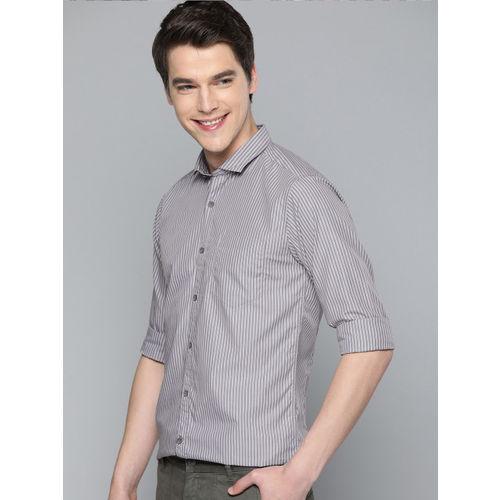 Mast & Harbour Men Grey & Black Regular Fit Striped Casual Shirt