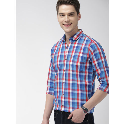 Mast & Harbour Men Blue & Red Regular Fit Checked Casual Shirt