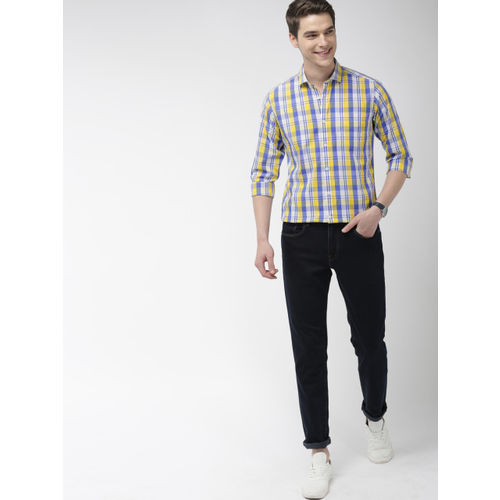 Mast & Harbour Men Yellow & Blue Regular Fit Checked Casual Shirt