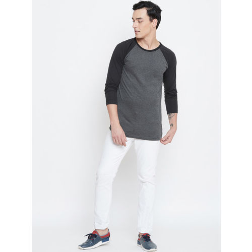 CHROME & CORAL Men Grey Solid Round Neck T-shirt