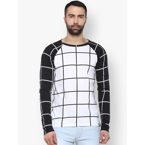 Urbano Fashion Men White Checked Round Neck T-shirt