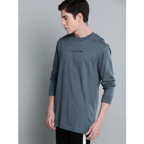 DC Men Blue Solid Round Neck Longline T-shirt