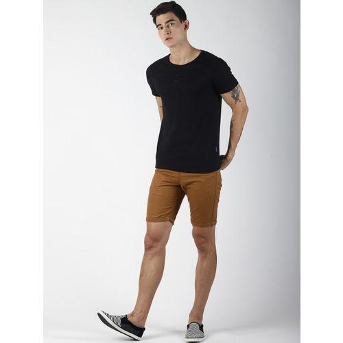 Blue Saint Men Black Solid Slim Fit Round Neck T-shirt