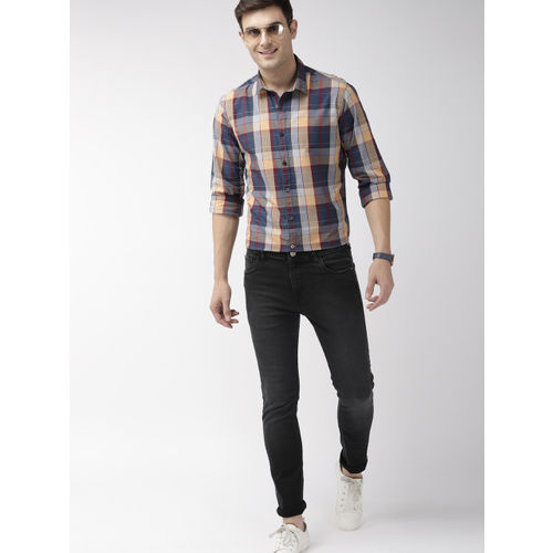 Mast & Harbour Men Navy Blue & Yellow Regular Fit Checked Casual Shirt