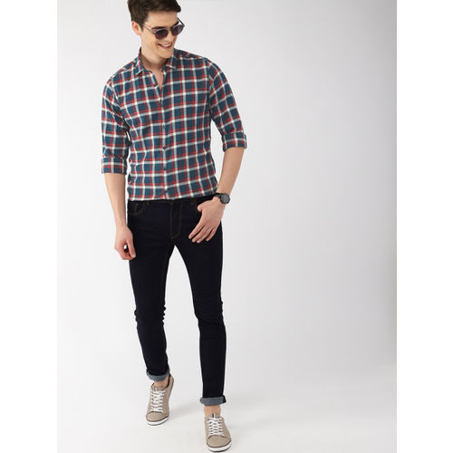 Mast & Harbour Men Red & Blue Regular Fit Checked Casual Shirt