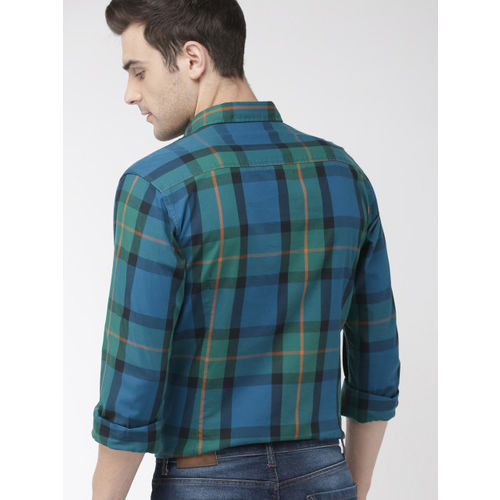 Mast & Harbour Men Green & Blue Regular Fit Checked Casual Shirt