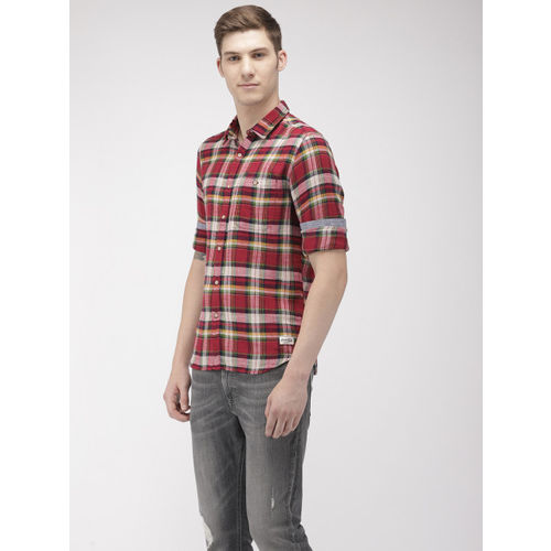 Flying Machine Men Red & Off-White Slim Fit Checked Casual Shirt