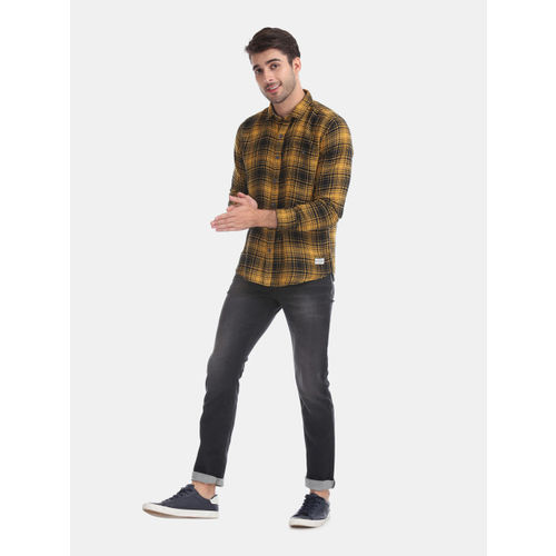Flying Machine Men Yellow & Black Slim Fit Checked Casual Shirt