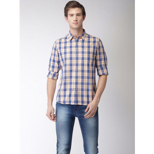 Flying Machine Men Peach-Coloured & Blue Regular Fit Checked Casual Shirt