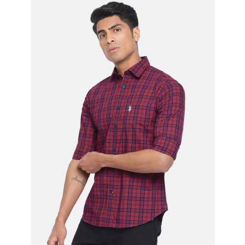 U.S. Polo Assn. Men Maroon & Navy Blue Tailored Fit Checked Casual Shirt