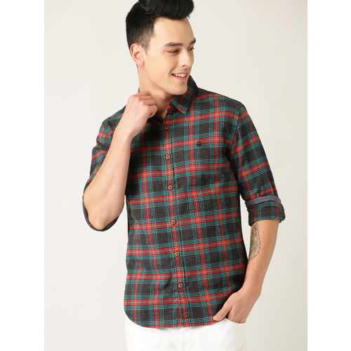 United Colors of Benetton Men Charcoal Grey & Red Slim Fit Checked Casual Shirt