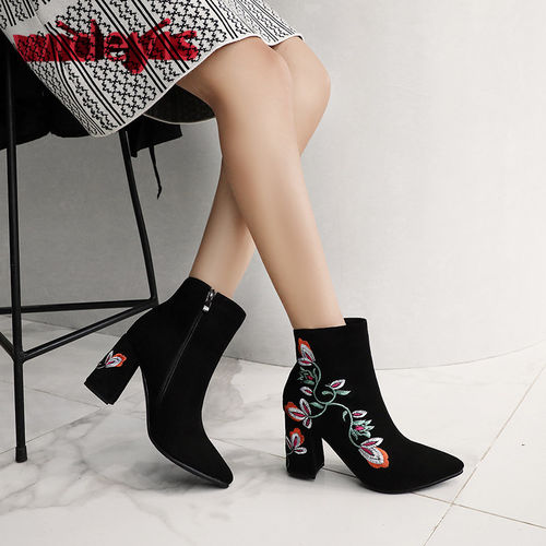 Boots women WIDEYIS new embroidered ethnic wind ankle women's boots matte uppers cow suede boots easy zipper fashion pointed