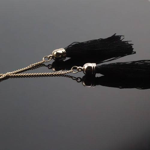 zhenshecai x60 Bohe Black Long Tassel Pendant Necklaces Women Gold Color Chain Sweater Necklaces Statement Jewelry Exquisite Gift Wholesale