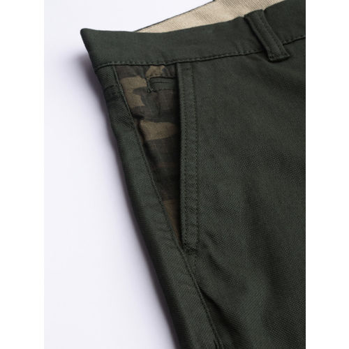 Levis Men Green Slim Fit Self-Design Trousers 511