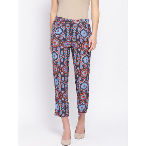 Oxolloxo Women Blue & Red Regular Fit Printed Regular Trousers