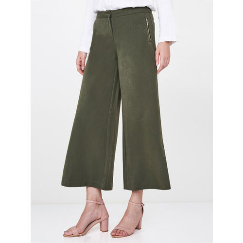 AND Women Olive Green Straight Fit Solid Culottes