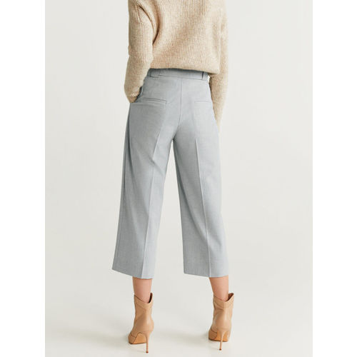 MANGO Women Grey Melange Regular Fit Solid Cropped Trousers