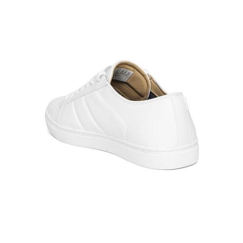 Skechers Men White Venice-T Sneakers