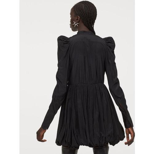 H&M Women Black Dress with a Balloon Skirt